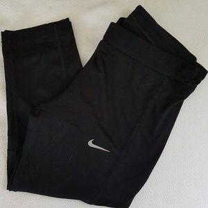 Nike Dri Fit Capri Leggings - S